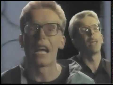 Proclaimers : I'm Gonna Be (500 Miles) (original video version)