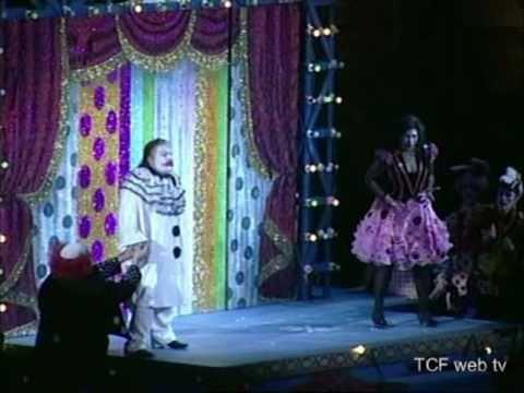 """Sintesi della """"prima"""" di Pagliacci al Teatro Carlo Felice in streaming 05/04/2011"""