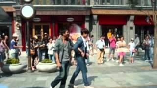 2010年 酷暑の中、ドラマ「逃亡者」の撮影に挑む姿です。 どうか、...