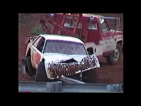 Dirt track racing clips pt1