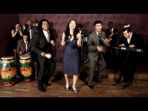 Cocoblue Salsa Band  'La Bella' (video oficial)