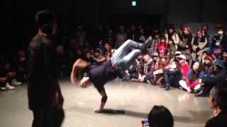 BBOY TAISUKE FLOORRIORS VS BGIRL NARUMI BODY CARNIVAL 2014