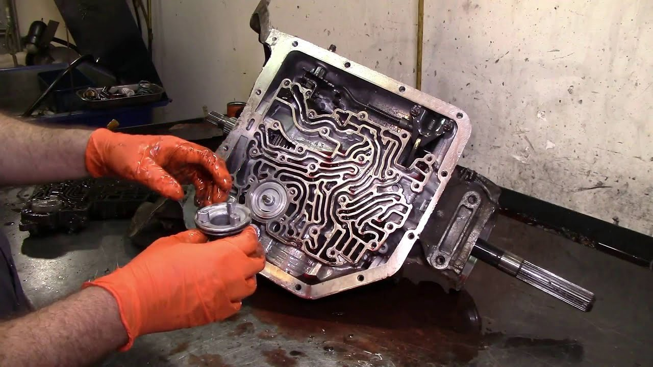 thm 350 transmission rebuild part 1 [ 1280 x 720 Pixel ]