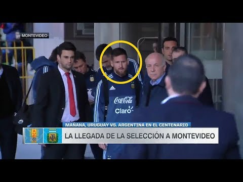Little Boy Sends Away by Security, THIS is how LIONEL MESSI reacts