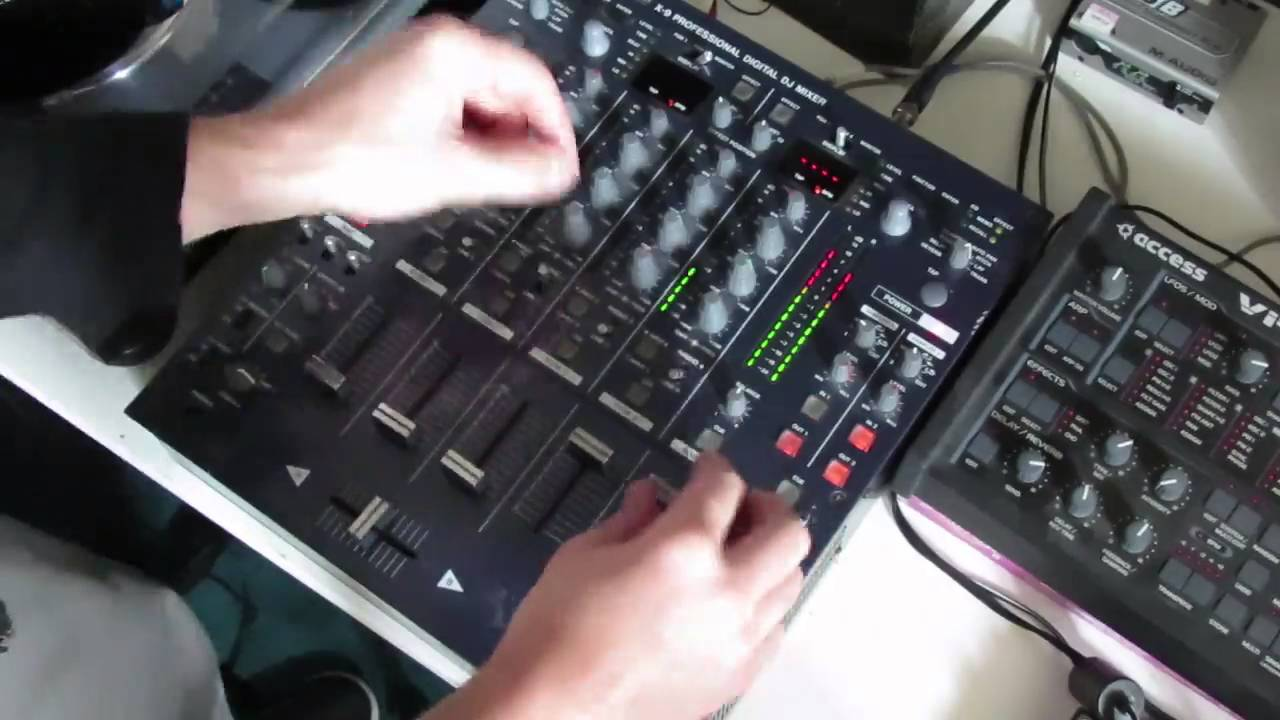 Tascam X-9 Pro Dj MIxer Sampler Demo - Awesome Mixer beats Pioneer in  features and in sound!