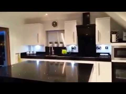 Stunning Modern Black Amp White High Gloss Symphony Kitchen