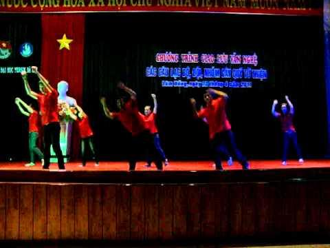 Nhay Dan Vu - CLB Ky Nang DH Yersin Dalat - con nong noc.MPG