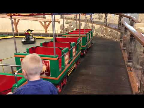 Kids Train Indoor Playground / Nil go by Train