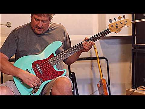 Chinese Fender Aqua Sea Foam Green Jazz Bass sound Bite!