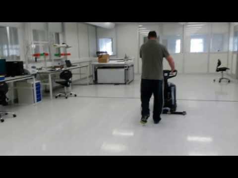 Nilfisk SC400 Scrubber dryer  Clean room www.cleaningmachines.ie