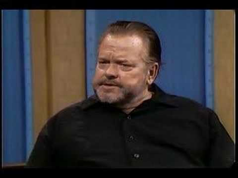 Orson Welles talks about Cornelia Lunt