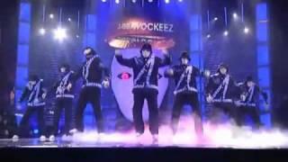 Robot Dance by Jabbawockeez