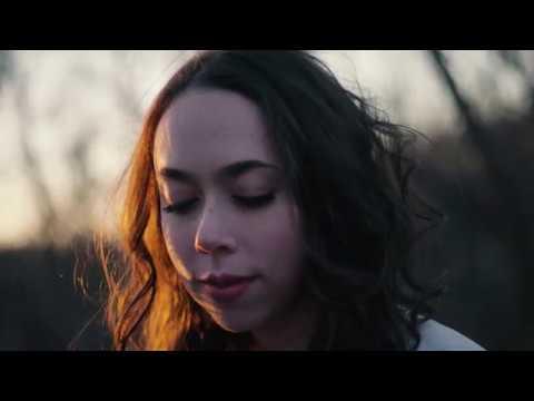 video:Green Lights (OFFICIAL VIDEO) | Sarah Jarosz
