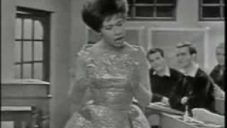 Helen Shapiro - Walking Back To Happiness.flv