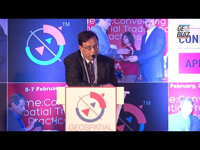 MapmyIndia  39 s Rakesh Verma receives Business Leader of the Year Award 2016 - YouTube