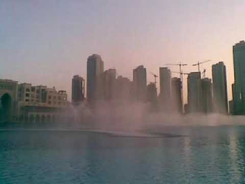 fountain.    the Dubai Mall    in a day time..