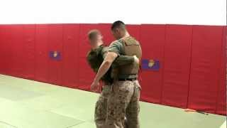 米海兵隊の格闘術「MCMAP」のテイクダウン