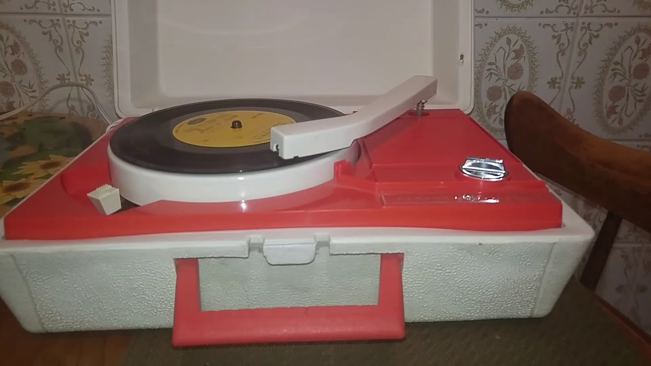 1960s General electric portable record player  Part 1 of