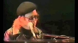 Elton John - Daniel (Live at Wembley Empire Pool 1977)