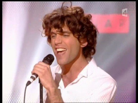 Mika  - Grace Kelly (live)
