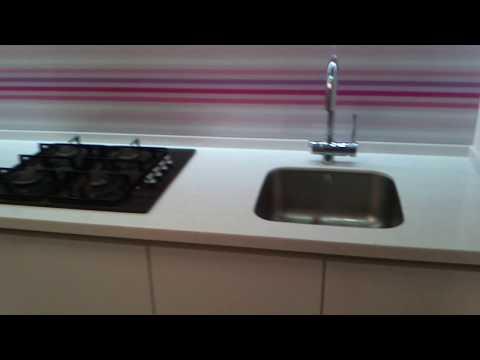 Кухня стеклянный фартук с фотопечатью ( скинали).Обзор кухни . IDEA STUDIO .