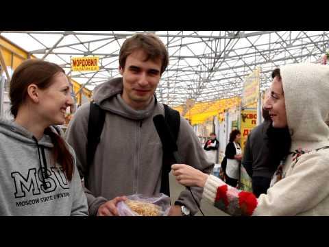 Проходили мимо: ярмарка меда в Коломенском