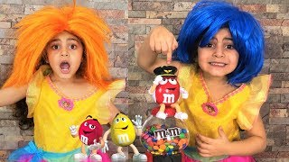 Learn Colors with Sally and M&M Candy for children