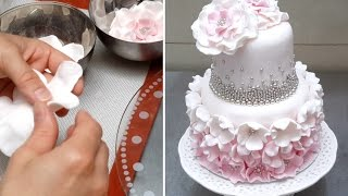 Cake with Pearls & Flowers *Decorar con Fondant by Cakes StepbyStep
