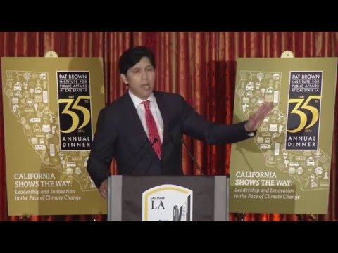 Senate pro Tem Kevin de León introduced by George Pla 35th Annual Dinner pt 9 of 13