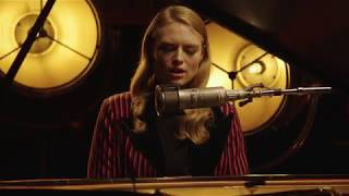 Freya Ridings - You Mean The World To Me (1 Mic 1 Take) Video
