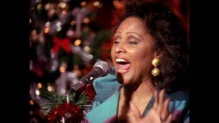 Скачать Darlene Love All Alone On Christmas