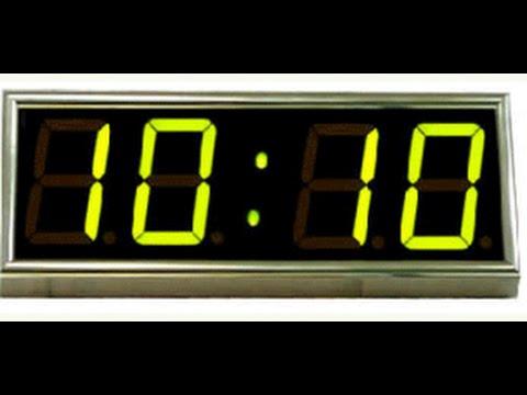 Совпадение цифр на часах   11 : 11 , 23 : 23  , 01 : 01  , 12 :21  , 14 : 41 . Что это , мистика ?