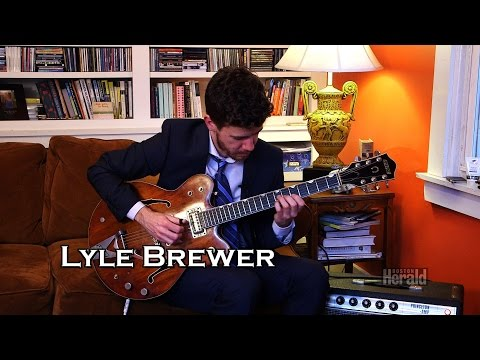 Guestlisted Guitar : Lyle Brewer performs