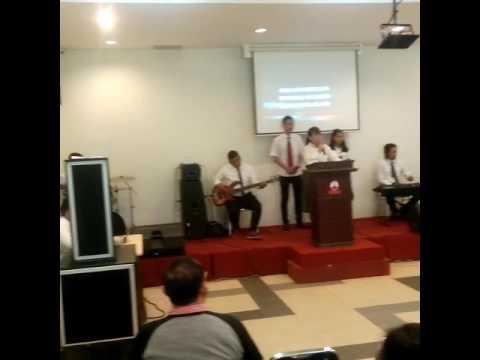 Lagu rohani saat ibadah Ubah hatiku seputih hatiMu,  setulus salibMu,  KasihMu Tuhan,.. Cuplikan...