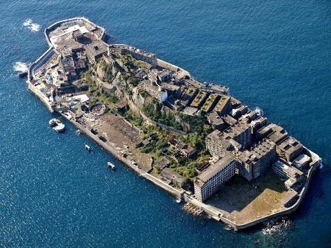 Creepiest Places upon Earth : Gunkanjima Hashima Island, japan