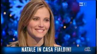 Repeat youtube video Francesca Fialdini in 'Natale in casa Fialdini'