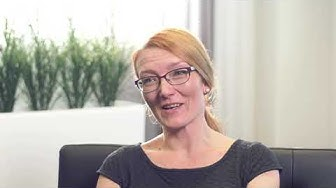 """""""Olen taloushallinnon asiantuntija. Tutummalla nimellä kirjanpitäjä"""", kertoo Meiju Korhonen."""