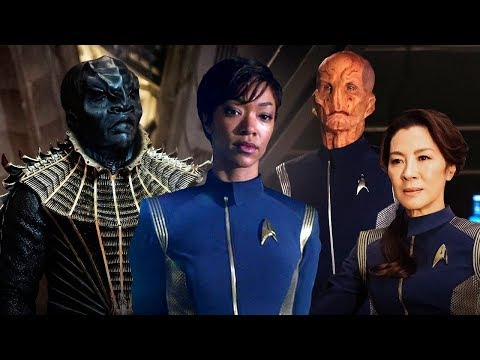 Star Trek Writer Reviews Star Trek Discovery!