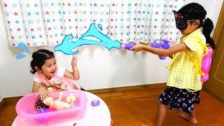 赤ちゃんのお風呂に襲撃者?泣いた赤ちゃんをあやそう!メルちゃん バスボール himawari-CH thumbnail