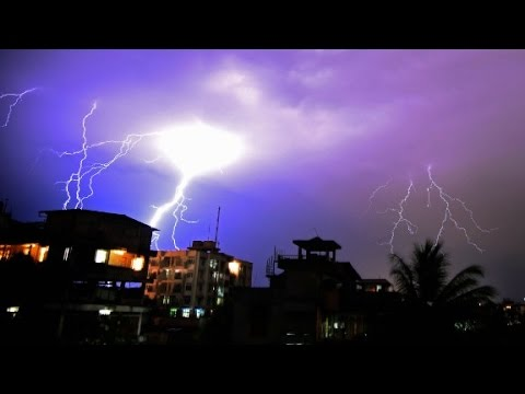Crime News Roundup - Thunderbolt Kills 22 People In India