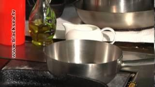 """""""Жду гостей"""". Готовим: Радужную форель со шпинатом и соусом из мидий"""