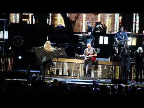 """Stevie Nicks """"Stand Back"""" 3/25/17 John Paul Jones Arena, Charlottesville 24 Karat Gold Tour"""
