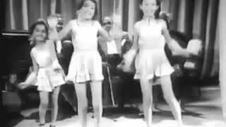 The Stevens Sisters - tap dancing (1940)