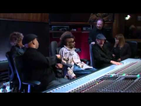 Sly and The Family Stone,ThIS COULD BE THE  LAST JAM ,all together .2014