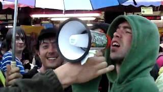 Délire ça planne pour moi Plastic Bertrand [Download Festival 06.12.2010] by Nawak555