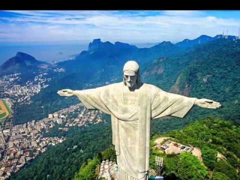 Christ the redeemer rio de janerio brazil one of the for 3 famous landmarks