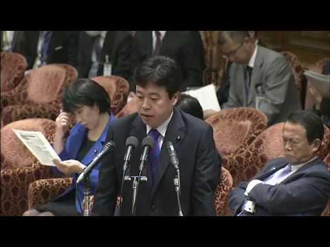 本村「政権寄りの番組を守るのか」 高市総務相「自民有利の報道にも行政指導がなされている」沖縄特集を巡り