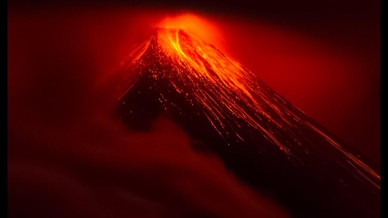 Картинки по запросу fuego volcano eruption