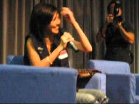 Stefanie Sun Spoke Singlish :P