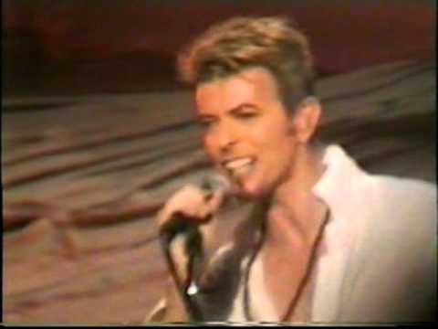 David Bowie Olympia Theatre, Dublin, Ireland August - 8 - 1997 (2/3)